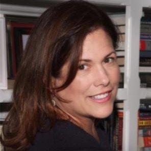 Lauren St. Amand headshot